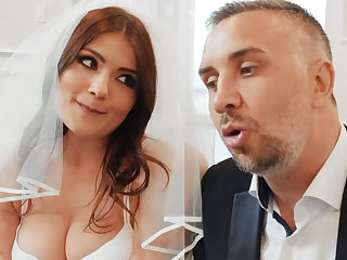 Young loveliness fuck her groom's best collaborate