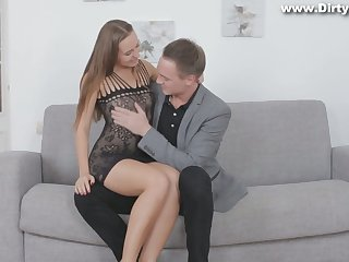 Lovely partisan Limonika gives a blowjob and gets her pussy rammed be beneficial to money