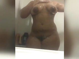 Thick Teen Gets Wet For You!