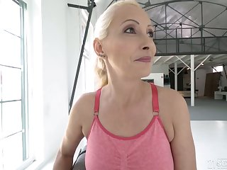 Poorly shaved cunt be worthwhile for blonde mature Szandi is properly fucked by stud