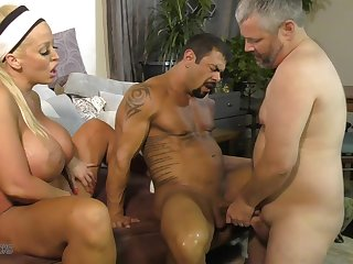 Bisexual threesome with Alura Jenson gives the best orgasm ever