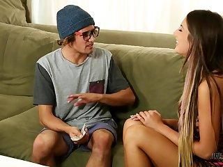 Rite Ames & Tyler Nixon - Geeky Gamer