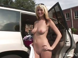 Busty blonde gets a volley of flashing be advantageous to the camera with an increment of she's ergo sexy