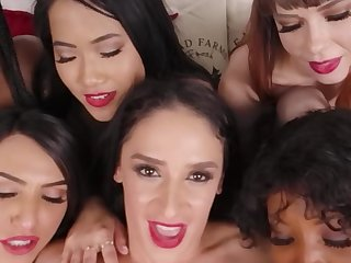 Christmas Sex Party With Seven Babes